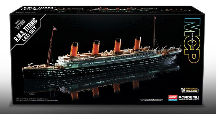 Academy R.M.S. Titanic - LED set