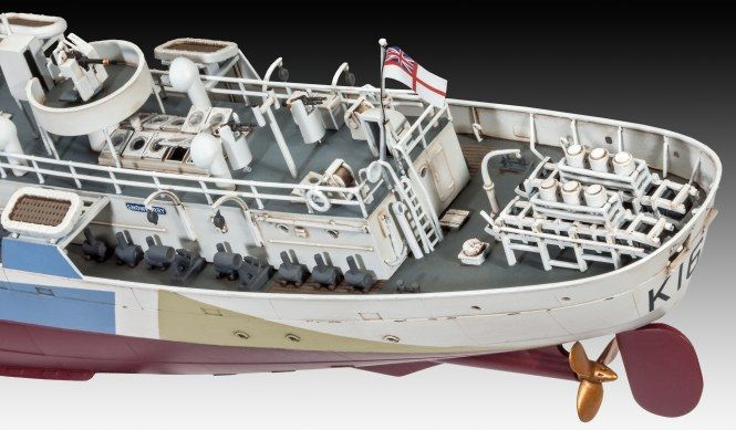 Revell Flower Class Corvette HMCS Snowberry