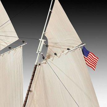 Revell USS America