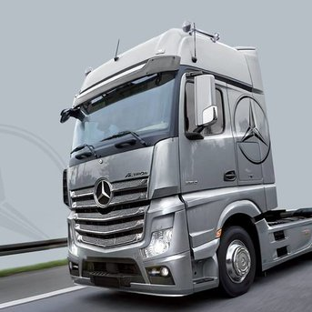 Italeri Mercedez Benz Actros MP4 GigaSpace