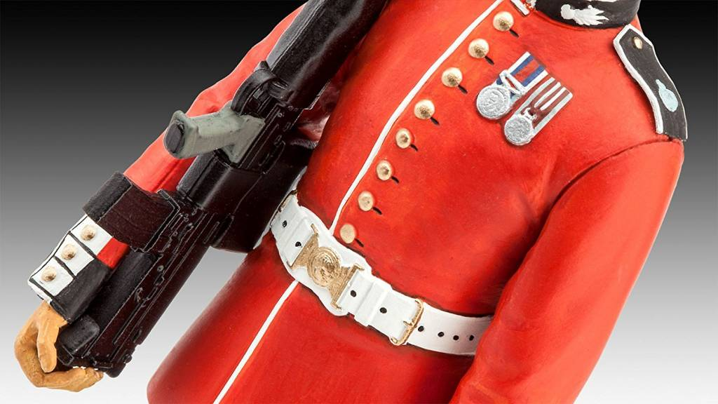 Revell Queen's Guard
