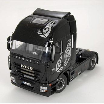 Italeri Iveco Stralis Active Space Cube