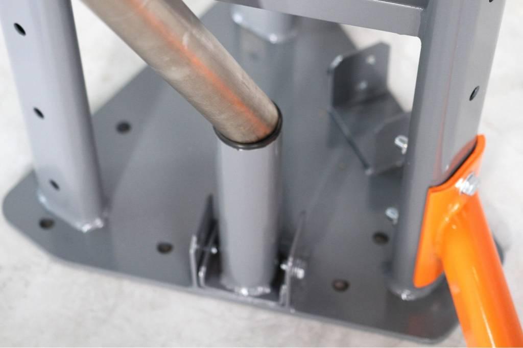 Lifemaxx® LMX1868 FR Olympic bar storage (grey or orange)