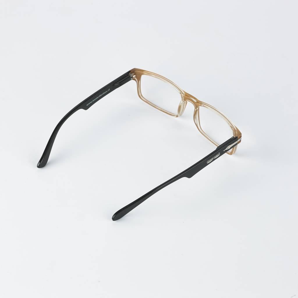 Leesbrillen, merk Leesbrillenbox. In vier verschillende sterktes leverbaar