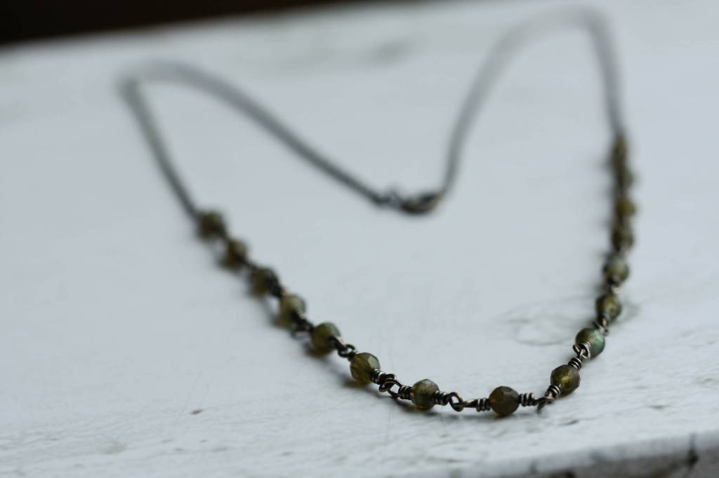Carré Jewellery Labradorite necklace