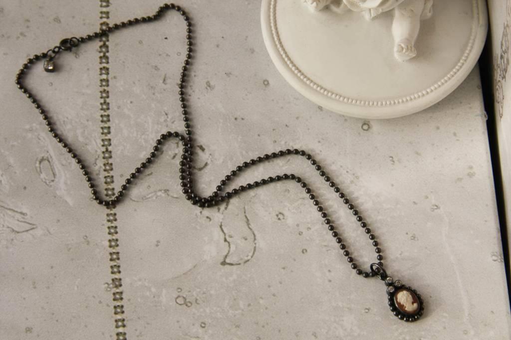 Carré Jewellery Silver Camé necklace