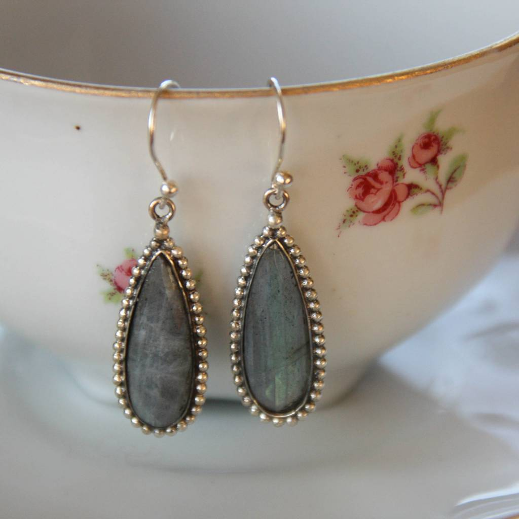 Lacom gems Silver earrings with Labradorite