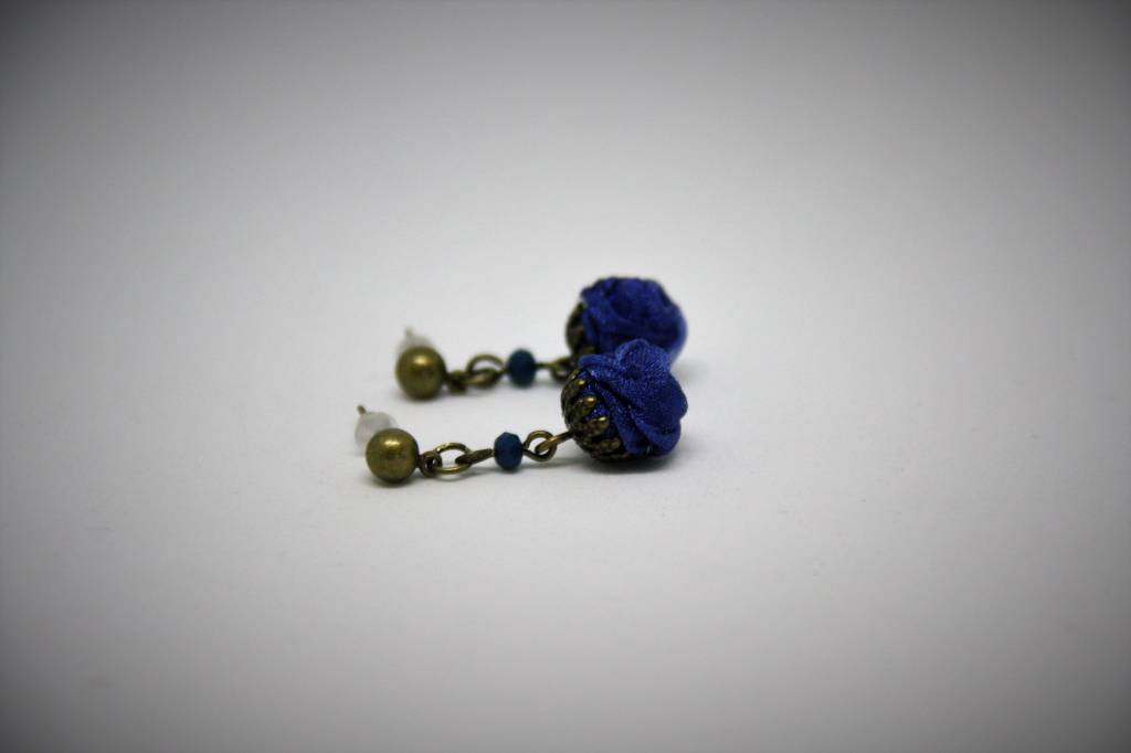 Ana Popova Blue christelle earrings