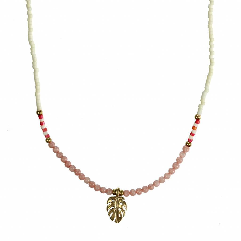 Hultquist Short Hultquist necklace with leaf pendant
