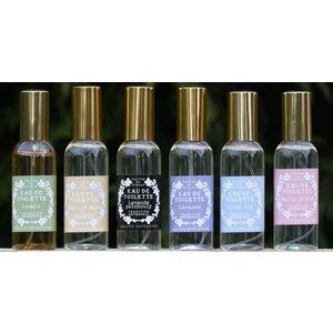 Klein flesje moderne geuren