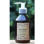 Verzorgingsproducten met essentiële lavendelolie