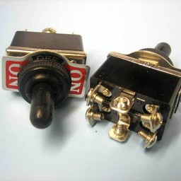 <br />  TUIMELSCHAKELAAR INBOUW 2-0-2 PULS 250VAC 15A AFMETING:33.5X