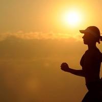 Zes tips om het hardlopen vol te houden naast je drukke baan
