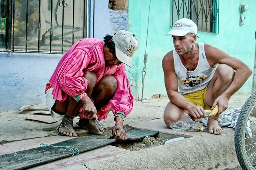 Luna Sandals - Barefoot Ted en Manuel Luna