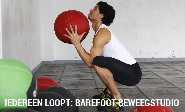 IEDEREEN LOOPT: barefoot beweegstudio & (web)shop banner 2