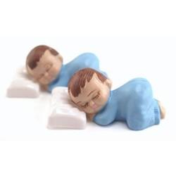 Grote baby decoratie 2 stuks (slapend op kussen) 8x4x3,5 cm  blauw