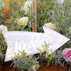 Wedding pijl verlicht