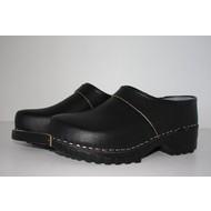 Clog black PU closed heel