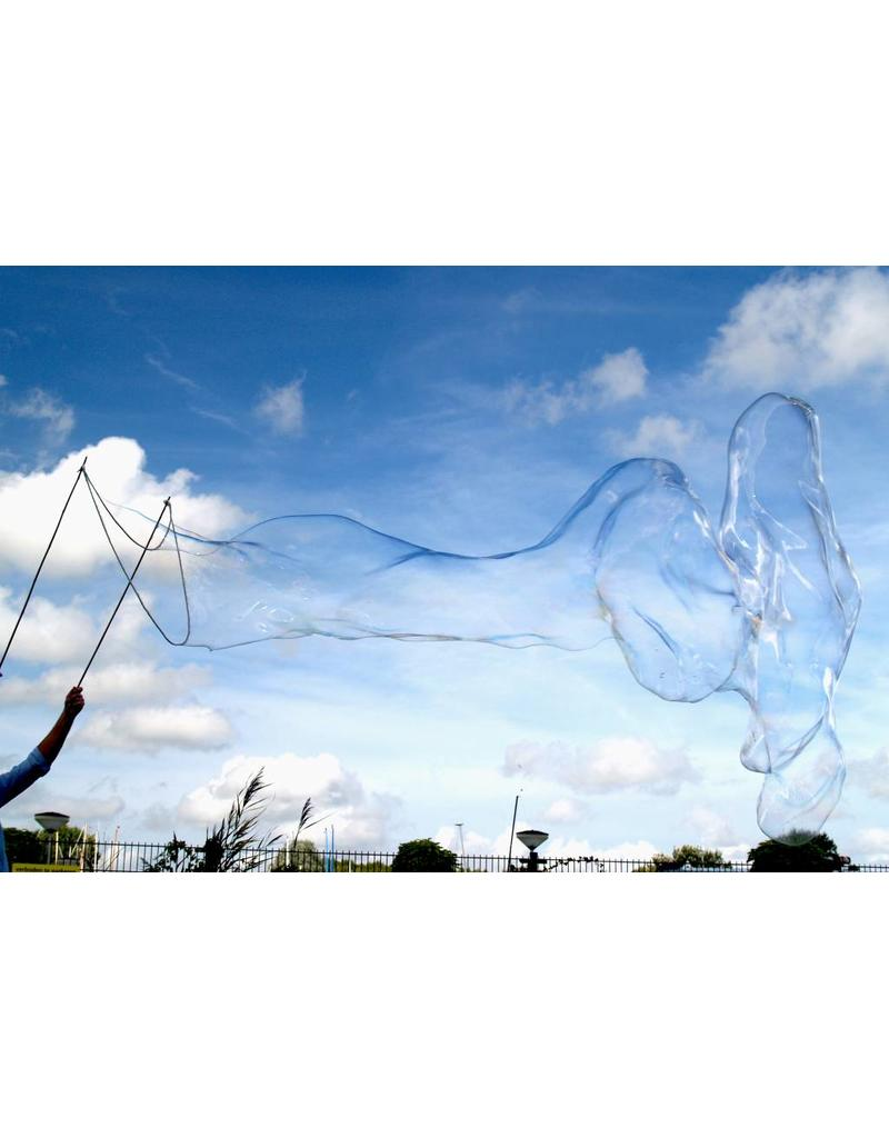 BubbleLab BubbleLab - create giant soap bubbles - set sticks, rope and powder for 5 liters suds