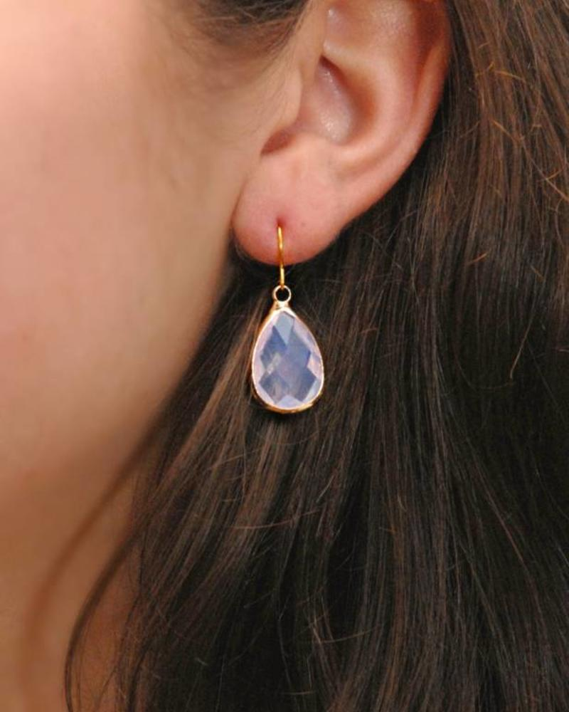 Dare to be Fabulous earring Teardrop Crystal