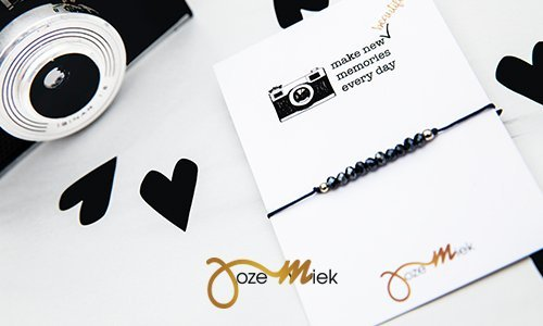 Quote cards with bracelet