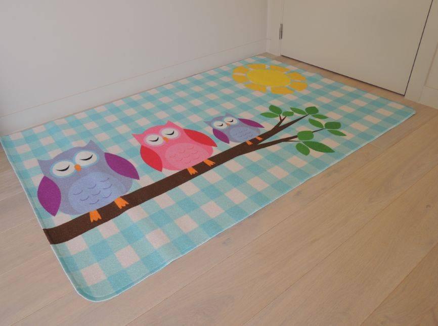Kleurrijk tapijt babykamer - Tapijt babykamer ...