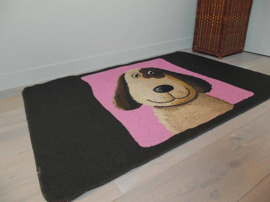 tapis avec chien pour chambre enfant. Black Bedroom Furniture Sets. Home Design Ideas