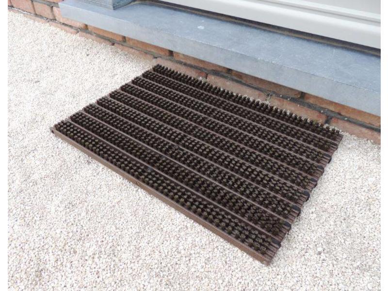 tapis grattant brosses, brun, 40x60cm