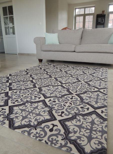tapis vintage gris et noir. Black Bedroom Furniture Sets. Home Design Ideas