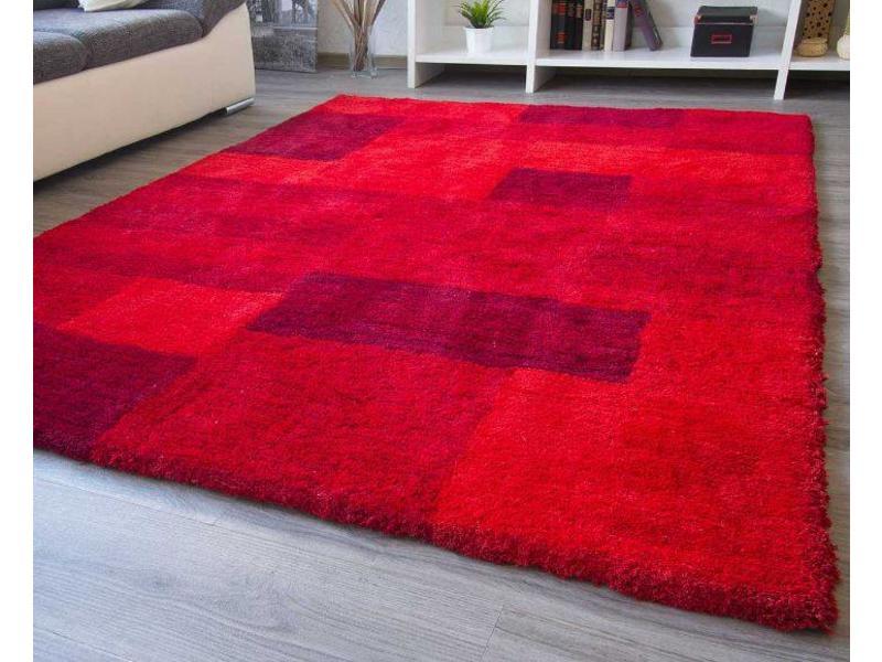 Tapis de qualité rouge moderne