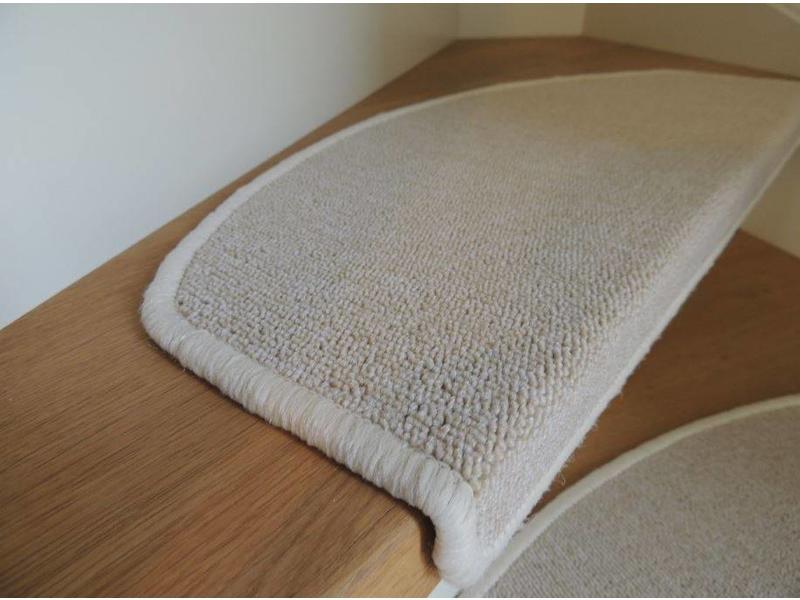 Trapmatten in beige kleur