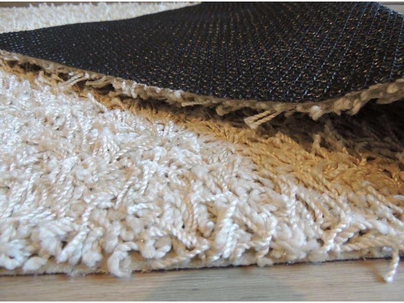 tapis de haute laine, beige