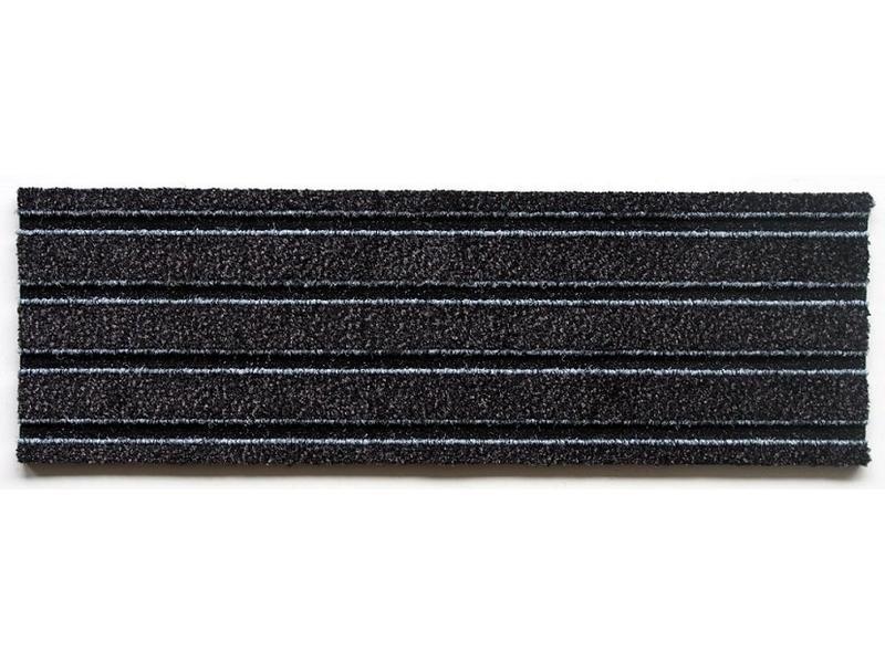 tapis d'entrée modulaires en format planche de 23.5x75cm, avec des clips de connexion, couleur anthracite, emballé par 1m² ou 6 planches