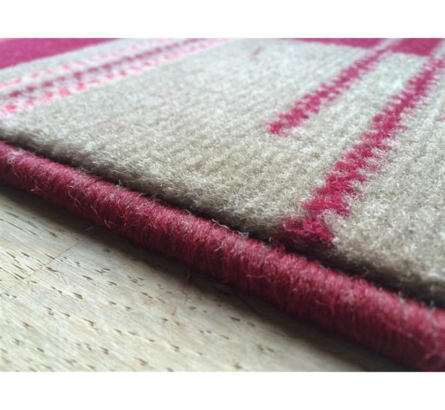 Rood modern tapijtje, past overal, 40x60cm