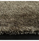 Tapis shaggy longues mèches en taupe