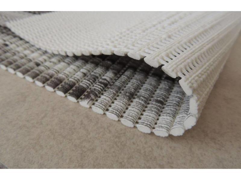 Tapis PVC universel antidérapant  sur rouleau