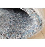 Tapis longs poils shaggy bleu-argent
