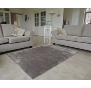 Tapis shaggy longues mèches taupe
