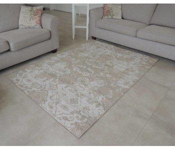Beige tapijt met klassiek dessin