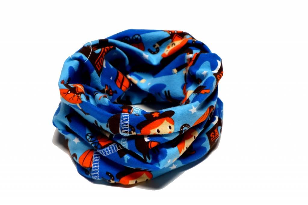 Bunter Schlauchschal und Mütze in einem, Bio-BW, Cowboys, orange, blau, braun, beige und weiss auf türkis, aus Bio-Stretchjersey