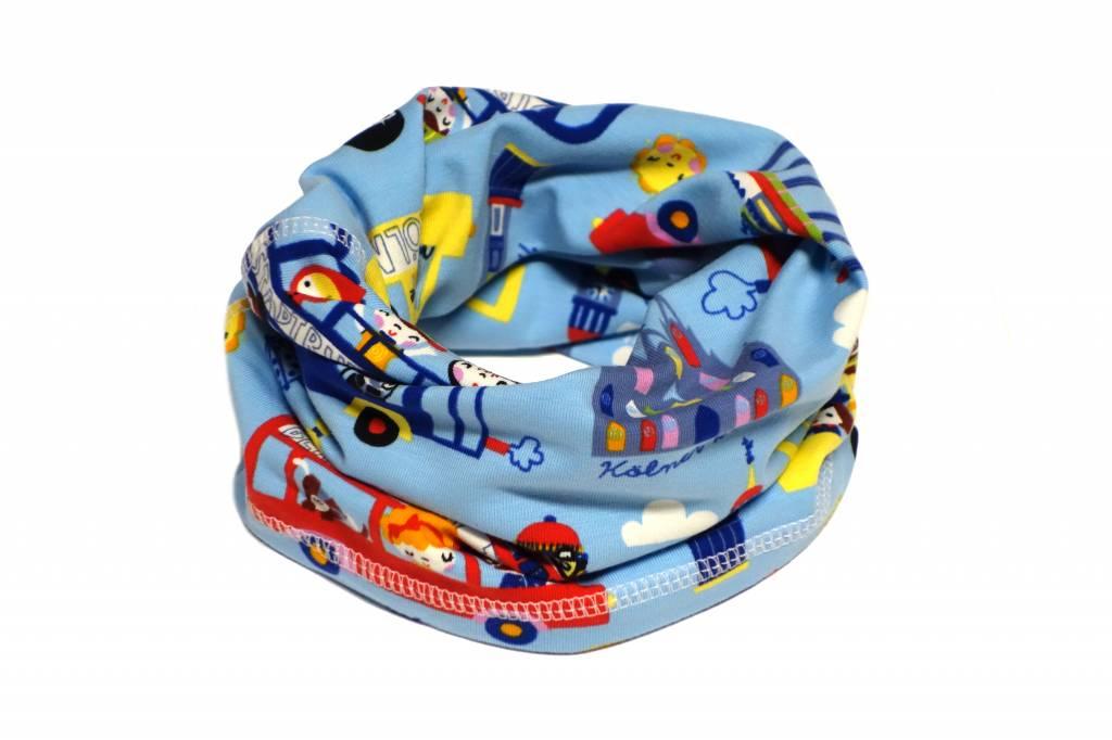 Bunter Schlauchschal und Mütze in einem, Deutschland, rot, blau, gelb und weiss auf hellblau aus Baumwoll-Stretchjersey