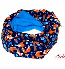 Loopschal warm, Füchse und Eichhörnchen auf dunkelblau