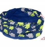 Loopschal warm, bunte Elefanten, grün und grau auf dunkelblau