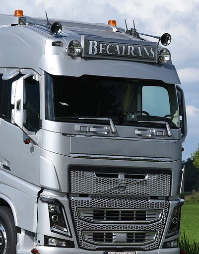 Deep Custom Sunvisor for Volvo FH4
