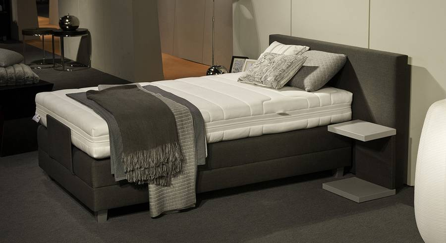 velda boxspringbett rock 39 n rest 2c elektrisch boxspringbett matratze gartenm bel gasflasche. Black Bedroom Furniture Sets. Home Design Ideas