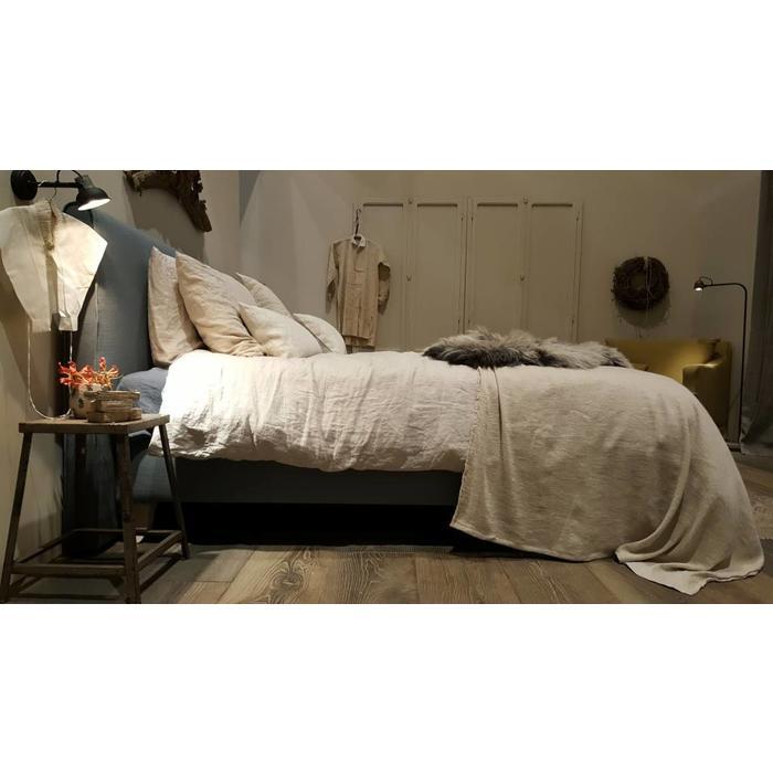 vtwonen landelijke stijl bed boxspring matras. Black Bedroom Furniture Sets. Home Design Ideas