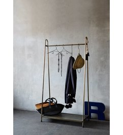 Madam Stoltz Coatrack brass