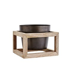 Madam Stoltz Flower pot with wooden frame