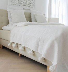 Pompom set ( 2 kussens en een deken )