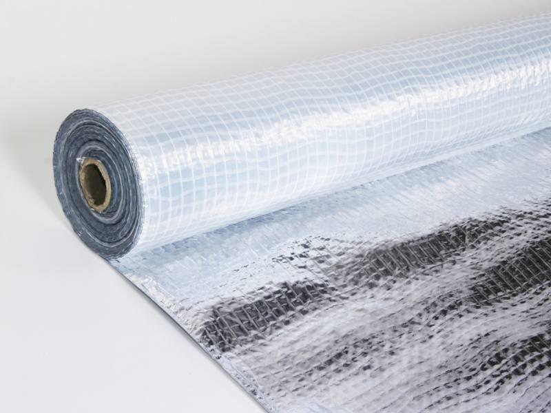 Isolatie onder vloerverwarming kabel